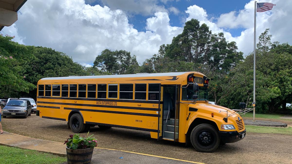 Alaka'i O Kaua'i Charter School bus