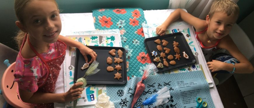 Alakai O Kauai learners decorating cookies